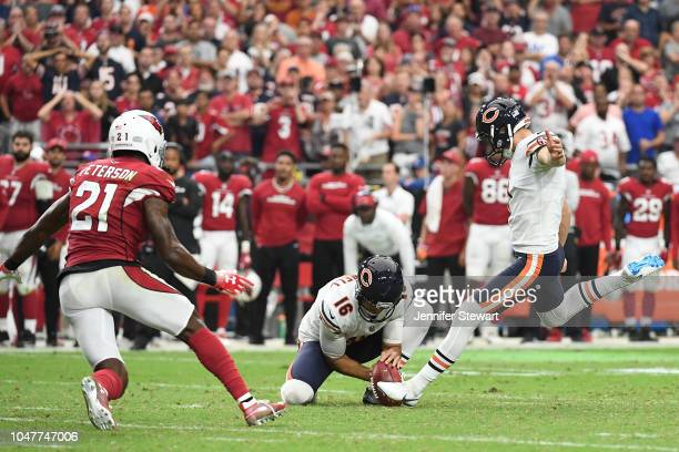Kicker Cody Parkey of the Chicago Bears kicks a 43 yard field goal in the fourth quarter against the Arizona Cardinals at State Farm Stadium on...