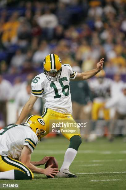 Kicker Dave Rayner of the Green Bay Packers kicks a field goal during the game against the Minnesota Vikings on November 12, 2006 at the Metrodome in...