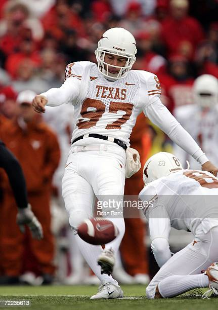 Kicker Greg Johnson of the Texas Longhorns misses a 39yard field goal with a short kick against the Nebraska Cornhuskers in the second quarter on...