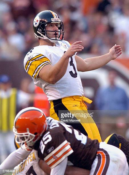 Kicker Jeff Reed of the Pittsburgh Steelers watches his 46 yard field goal during the fourth quarter against the Cleveland Browns on November 23 2003...