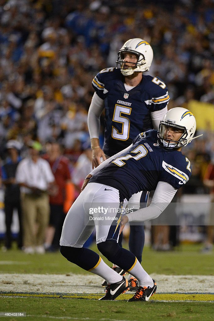 Kicker Josh Lambo #2 of the San Diego Chargers reacts to a missed field goal attempt as punter Mike Scifres #5 of the San Diego Chargers looks on against the Pittsburgh Steelers at Qualcomm Stadium on October 12, 2015 in San Diego, California.