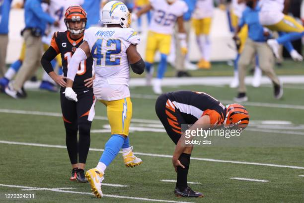 Kicker Randy Bullock of the Cincinnati Bengals reacts after missing the game-tying field goal against the Los Angeles Chargers during the fourth...