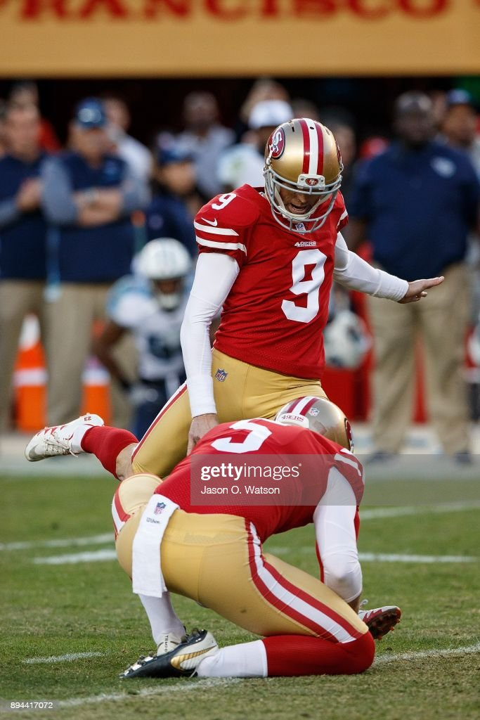 Kicker Robbie Gould #9 of the San Francisco 49ers kicks the game winning field goal on a hold from Bradley Pinion #5 during the fourth quarter against the Tennessee Titans at Levi's Stadium on December 17, 2017 in Santa Clara, California. The San Francisco 49ers defeated the Tennessee Titans 25-23.