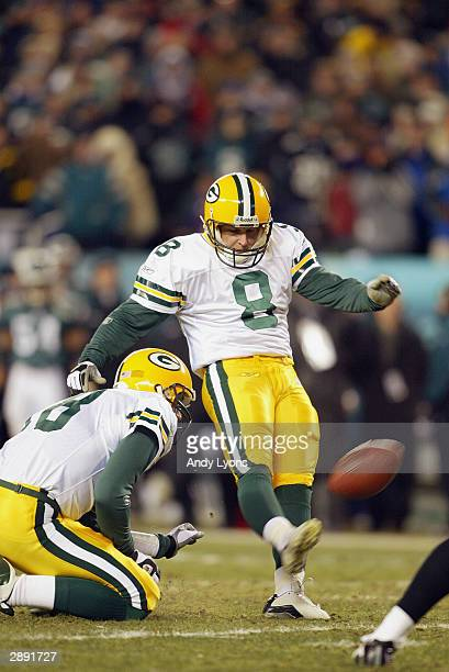 Kicker Ryan Longwell of the Green Bay Packers kicks the ball during the game against the Philadelphia Eagles in the NFC divisional playoffs on...
