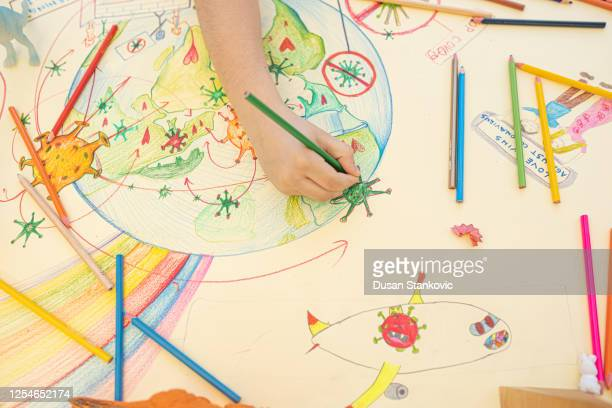 kid is drawing covid-9 - dusan stankovic stock pictures, royalty-free photos & images