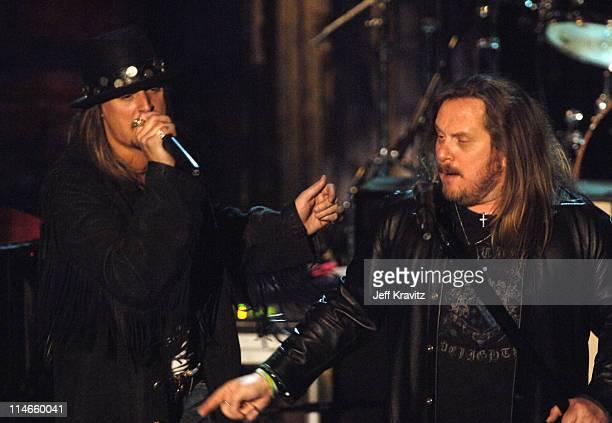 Kid Rock and Johnny Van Zant of Lynryd Skynyrd inductee