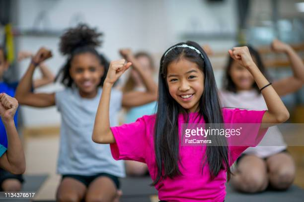 kids during gym class - physical education stock pictures, royalty-free photos & images