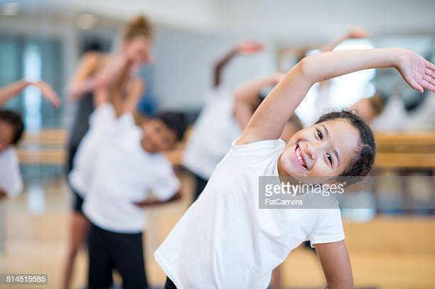 kids fitness - physical education stock pictures, royalty-free photos & images