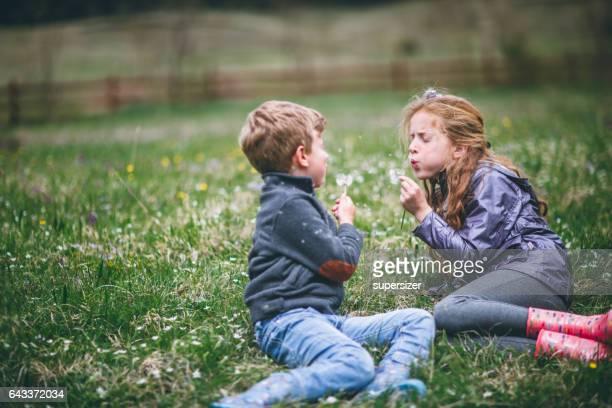 Kinderen plezier in het dorp