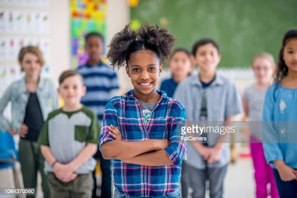bambini in classe - foto di classe foto e immagini stock