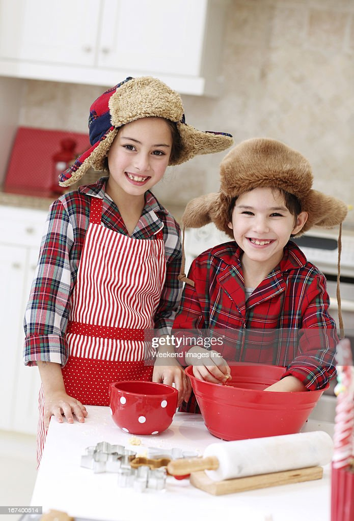 Kids in the kitchen : Stock Photo