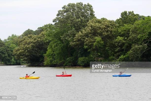 kids kayaking - chesapeake bay stock pictures, royalty-free photos & images