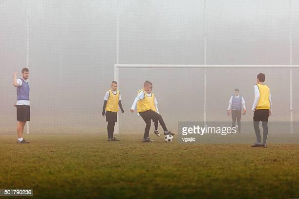 子供サッカー練習でのトレーニング戦略ます。