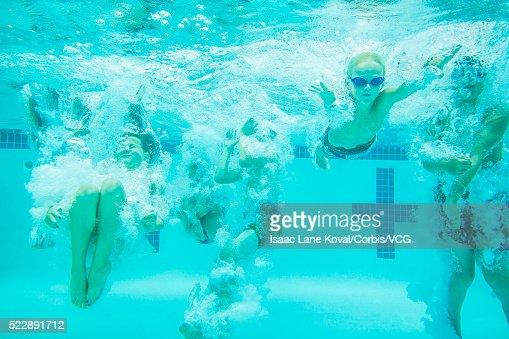 similar images - Kids Swimming Underwater