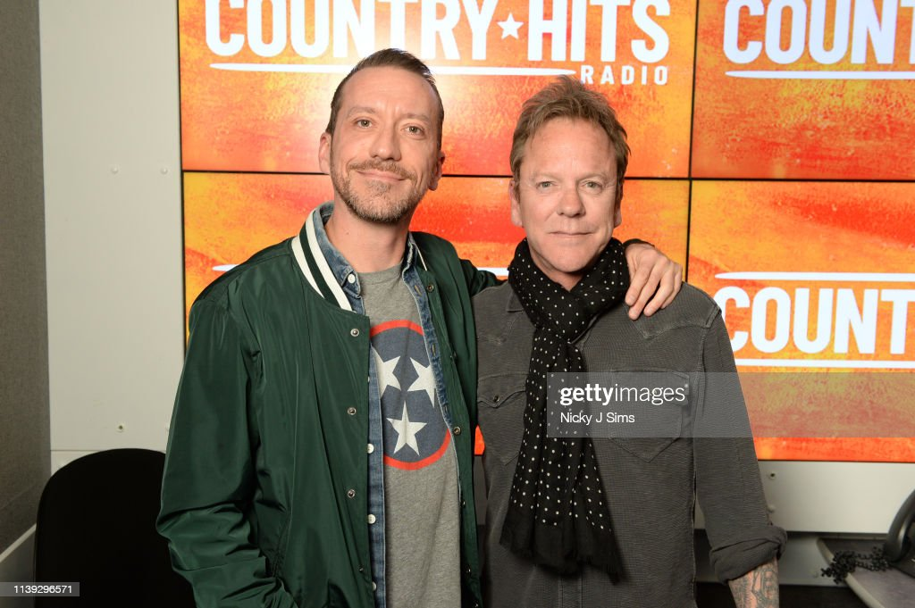 GBR: Kiefer Sutherland Visits Country Hits Radio