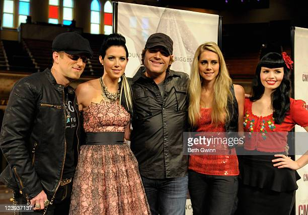 Kiefer Thompson Shawna Thompson Jerrod Niemann Danelle Leverett and Susie Brown attend the 2011 CMA Awards nominations at the Ryman Auditorium on...