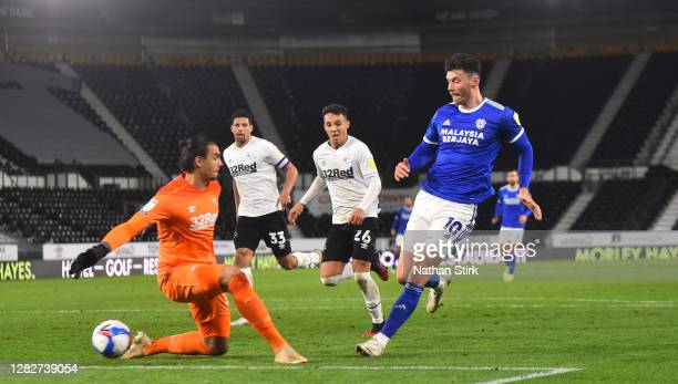 Kieffer Moore of Cardiff scores their first goal of the game during the Sky Bet Championship match between Derby County and Cardiff City at Pride...