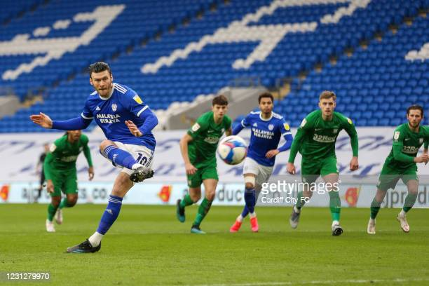 Kieffer Moore scores the first goal for Cardiff City FC during the Sky Bet Championship match between Cardiff City and Preston North End at Cardiff...