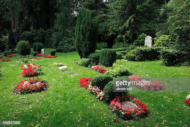 Kiel Suedfriedhof South Cemetery graves children graves