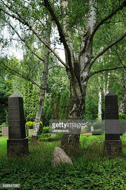 Kiel Suedfriedhof South Cemetery graves tomb steles