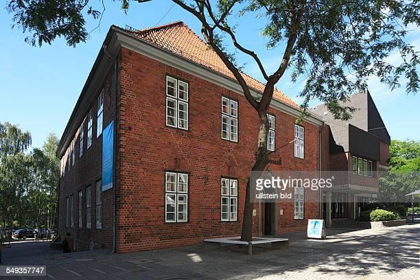 Kiel Warleberger Hof municipal museum of Kiel aristocratic estate manor house brick building