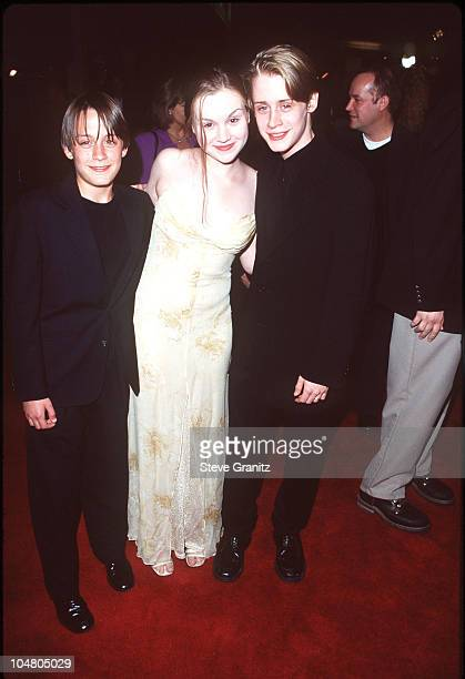 Kieran Culkin Rachel Miner Macaulay Culkin during 'The Mighty' Los Angeles Premiere at Cineplex Odeon Century Plaza Cinema in Century City California...