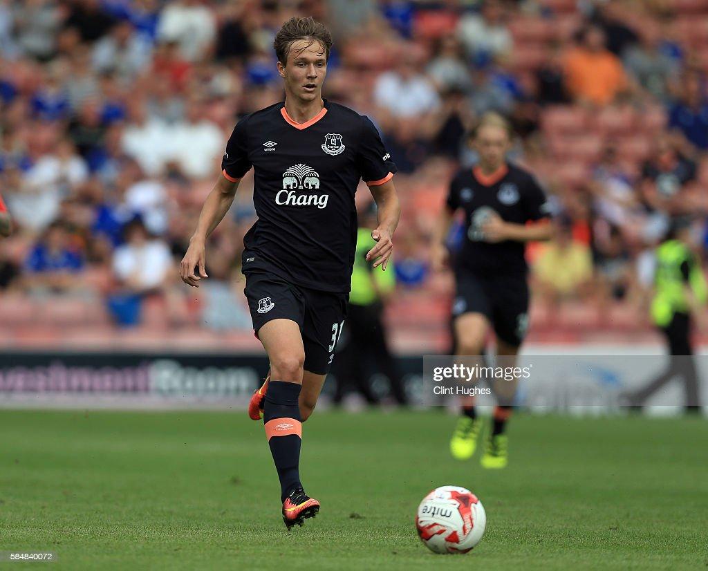 Barnsley v Everton - Pre-Season Friendly