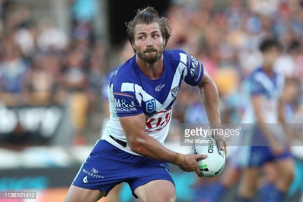 Kieran Foran of the Bulldogs passes during the round 1 NRL match between the New Zealand Warriors and the Canterbury Bulldogs at Mt Smart Stadium on...