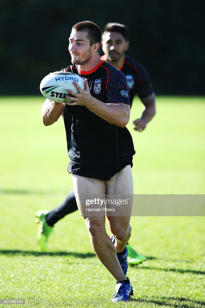 Kieran Foran runs through drills during a New Zealand Warriors NRL training session at Mt Smart Stadium on April 28, 2017 in Auckland, New Zealand.