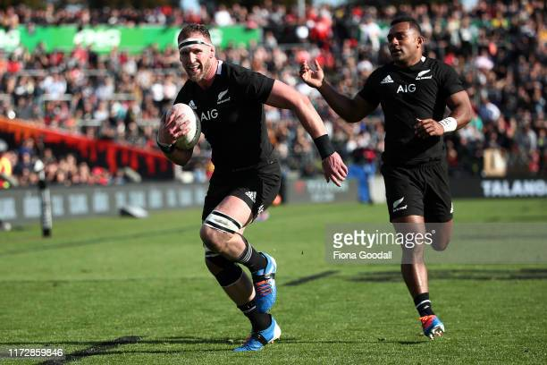 Kieran Read, captain of the All Blacks scores a try during the rugby Test Match between the New Zealand All Blacks and Tonga at FMG Stadium on...