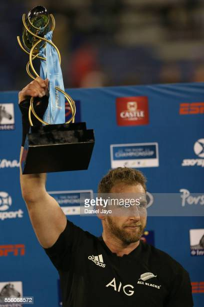 Kieran Read of New Zealand holds up the trophy after winning a match between Argentina and New Zealand as part of Rugby Championship 2017 at Jose...