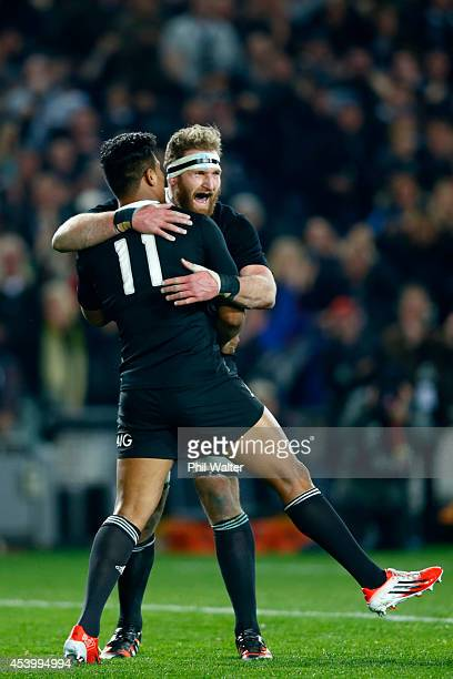 Kieran Read of the All Blacks congratulates Julian Savea on his try during The Rugby Championship match between the New Zealand All Blacks and the...