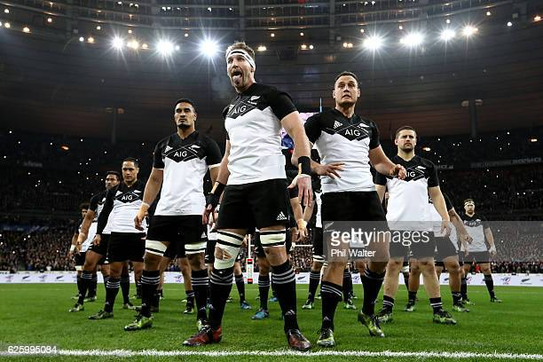 Kieran Read of the All Blacks leads the haka before the international rugby match between France and New Zealand at Stade de France on November 26...