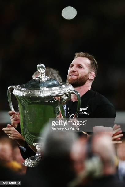 Kieran Read of the All Blacks lifts the Bledisloe Cup in celebration after winning The Rugby Championship Bledisloe Cup match between the New Zealand...
