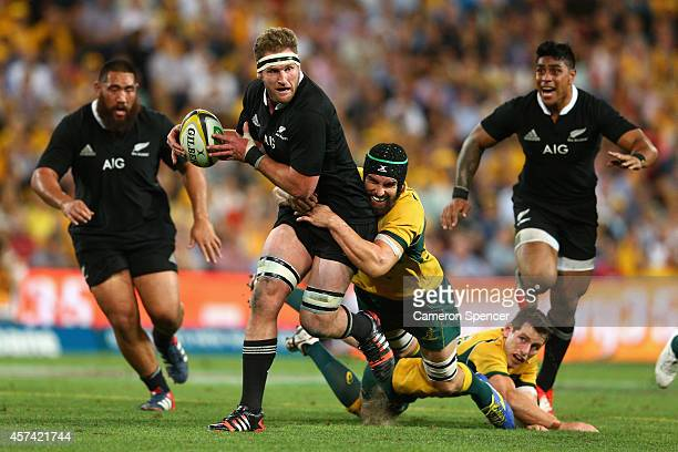 Kieran Read of the All Blacks makes a break during The Rugby Championship match between the Australian Wallabies and the New Zealand All Blacks at...