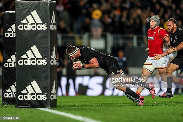 Kieran Read of the All Blacks scores a try during the International Test match between the New Zealand All Blacks and Wales at Eden Park on June 11...
