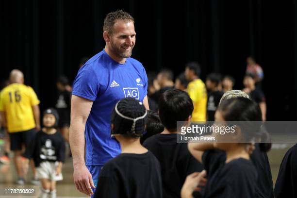 Kieran Read of the All Blacks talks to fans during an All Blacks fan event at the Beepu B-Con Plaza Convention Hall on October 01, 2019 in Beppu,...