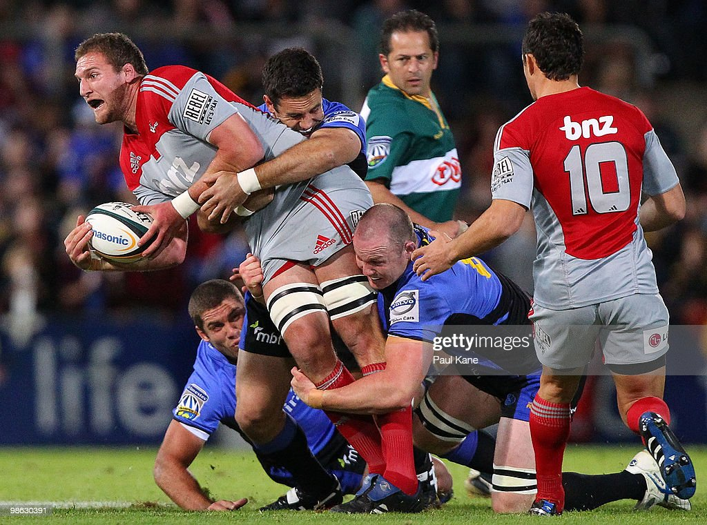 Kieran Read of the Crusaders looks to pass the ball during the round 11 Super 14 match between the Western Force and the Crusaders at ME Bank Stadium on April 23, 2010 in Perth, Australia.