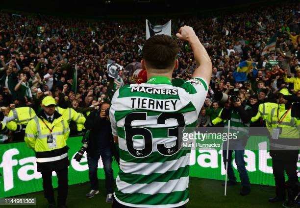 Kieran Tierney of Celtic celebrate with the Celtic fans during the Ladbrokes Scottish Premiership match between Celtic FC and Heart of Midlothian FC...