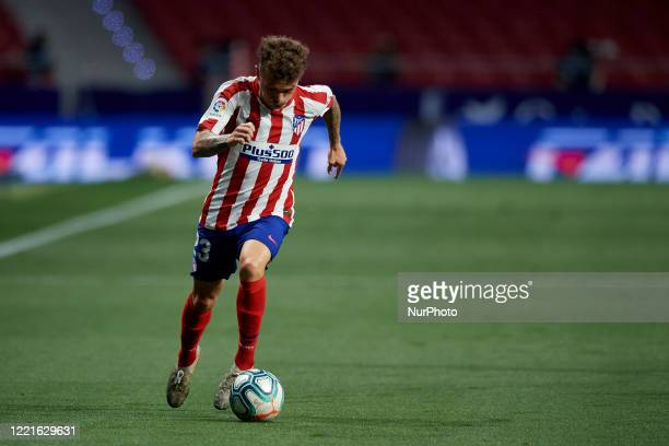 Kieran Trippier of Atletico Madrid runs with the ball during the Liga match between Club Atletico de Madrid and Real Valladolid CF at Wanda...