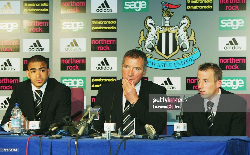 Newcastle United v Aston Villa : News Photo