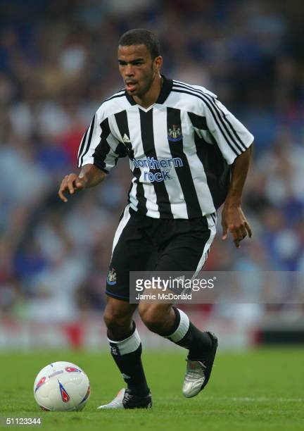 Kieron Dyer of Newcastle in action during the preseason friendly match between Ipswich Town v Newcastle United at Portman Road on July 28 2004 in...