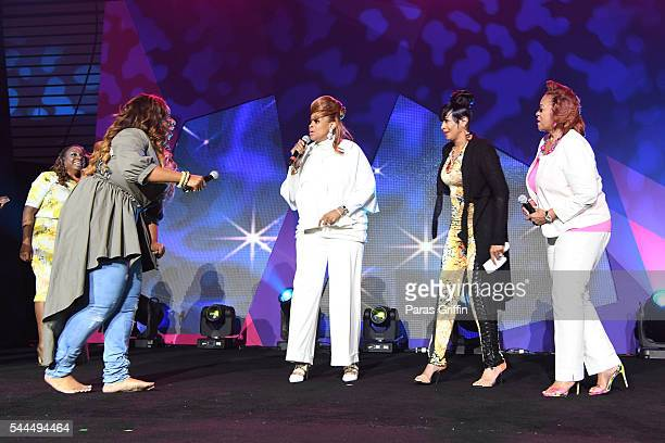 Kierra Sheard Karen Clark Sheard Dorinda ClarkCole and Jacky Cullum Chisholm from The Clark Sisters perform onstage during the Tribute Finale at the...