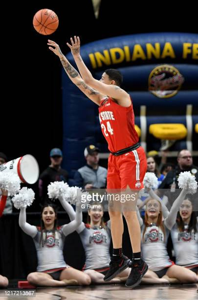 Kierstan Bell of the Ohio State Buckeyes shoots the ball against the Maryland Terrapins during the Championship game of Big Ten Women's Basketball...