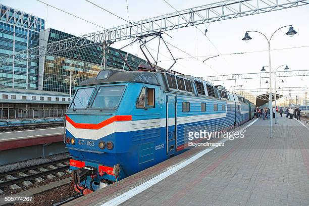 kiev train waiting to depart moscow kievsky station - kiev stock photos and pictures