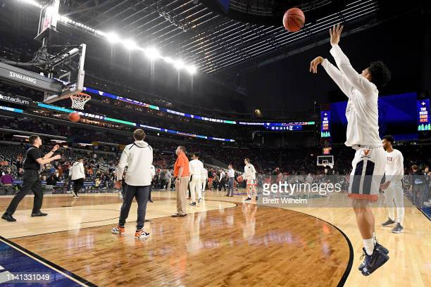 Kihei Clark of the Virginia Cavaliers warms up during the 2019 NCAA men's Final Four National Championship game at US Bank Stadium on April 08 2019...