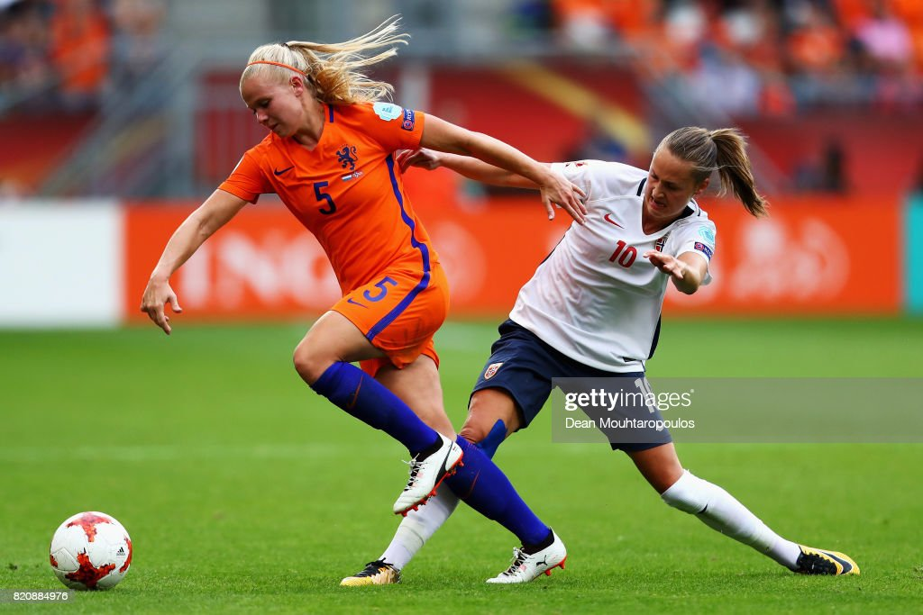 Kika van Es of the Netherlands and Caroline Graham Hansen of Norway battle for the ball during their Group A match between Netherlands and Norway during the UEFA Women's Euro 2017 at Stadion Galgenwaard on July 16, 2017 in Utrecht, Netherlands.