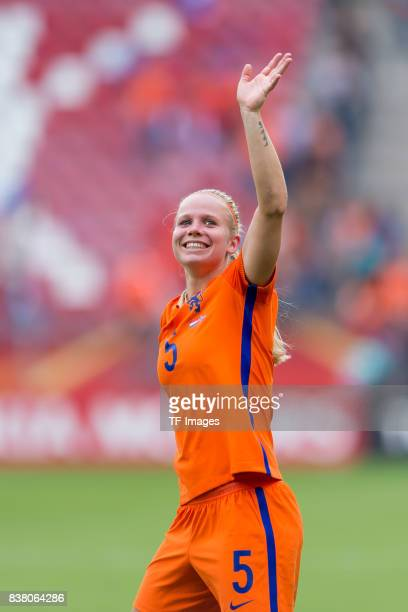 Kika van Es of the Netherlands celebrate their win during their Group A match between Netherlands and Norway during the UEFA Women's Euro 2017 at...