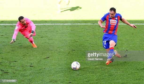 Kike of SD Eibar scores his team's first goal during the La Liga Santander match between Villarreal CF and SD Eibar at Estadio de la Ceramica on...