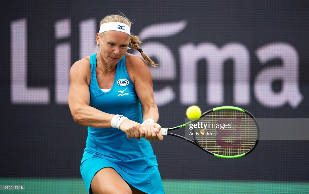 Kiki Bertens of the Netherlands in action against Natalia Vikhlyantseva of Russia on Day Two of the Libema Open 2018 on June 12, 2018 in Rosmalen, Netherlands.